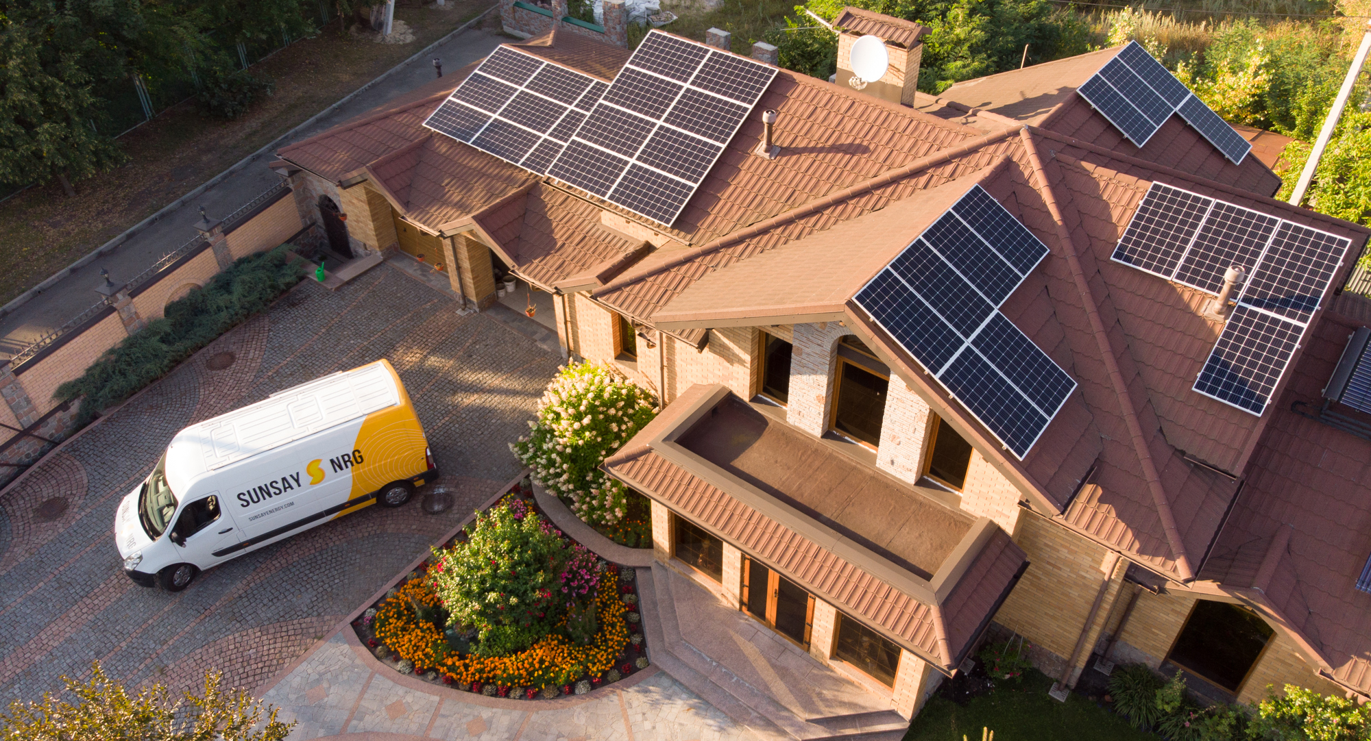 Sunsay CanadianSolar SolarEdge PV system